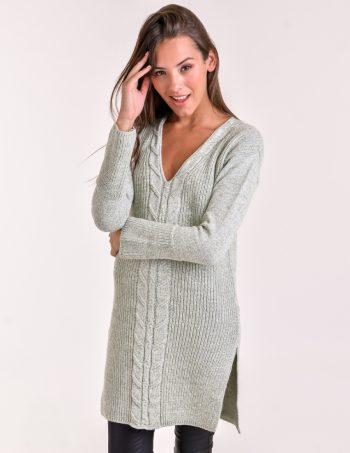 sweater escote V largo con tajos